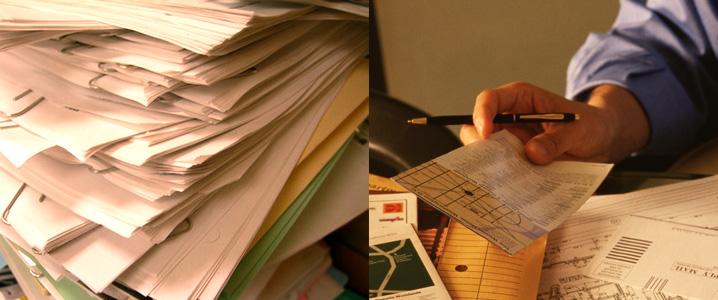 書類&郵便物の山